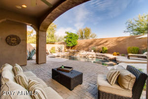 9238 E HORSESHOE BEND Drive
