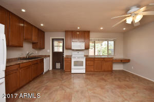 844 W HARRISON Street, Chandler, AZ 85225