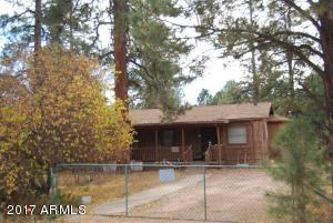 2884 PAINT PONY Lane, Overgaard, AZ 85933
