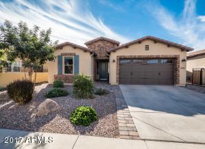 1647 E COPPER Hollow, San Tan Valley, AZ 85140
