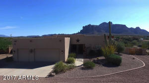3913 N DELL ARMI Trail, Apache Junction, AZ 85119