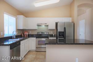 939 E MONTEREY Street, Chandler, AZ 85225