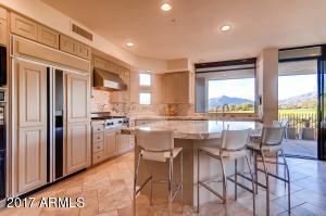10646 E FERNWOOD Lane, Scottsdale, AZ 85262