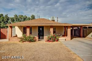VERY NICE 2 BED/ 1 BATH HOME W/LARGE YARD, 2 CAR CARPORT