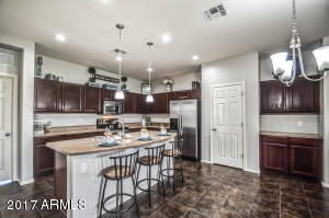 30915 N MUSCOVITE Drive, San Tan Valley, AZ 85143
