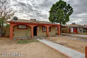 2911 W LAWRENCE Lane, Phoenix, AZ 85051
