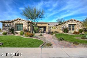 3124 E Blackhawk Drive, Gilbert, AZ 85298