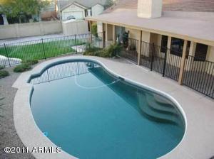 727 W CHEYENNE Drive, Chandler, AZ 85225