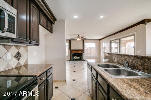 1403 W VILLA THERESA Drive, Phoenix, AZ 85023
