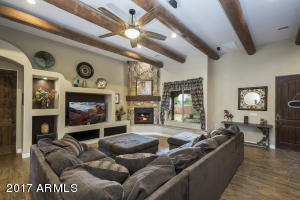 Beautiful Family Room with 12 foot ceilings