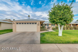 10806 W HATCHER Road, Sun City, AZ 85351