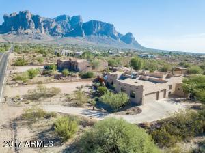 4947 E MINING CAMP Street, Apache Junction, AZ 85119
