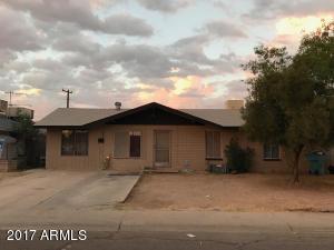 8202 W AVALON Drive, Phoenix, AZ 85033