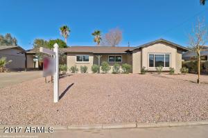 8240 E TURNEY Avenue, Scottsdale, AZ 85251