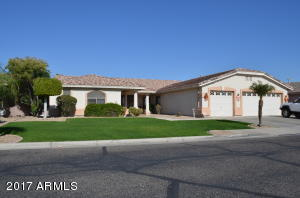 13528 W WINDSOR Boulevard, Litchfield Park, AZ 85340