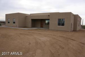835 N TOMAHAWK Road, Apache Junction, AZ 85119