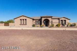 IMAGINE…pulling up to this Beautifully Landscaped Luxury Home in the desert !