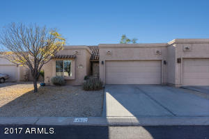 Fountain Hills, Great Lock and Leave, 2 bed, wood floors