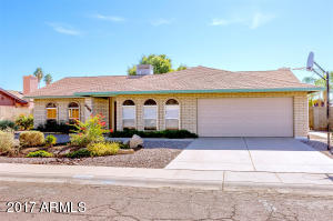5209 W SURREY Avenue, Glendale, AZ 85304