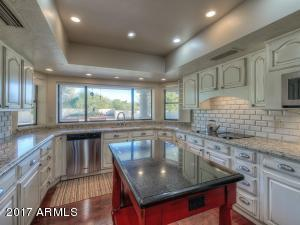 9329 N 58th Street, Paradise Valley, AZ 85253