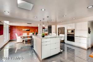 7549 N 20TH Street, Phoenix, AZ 85020