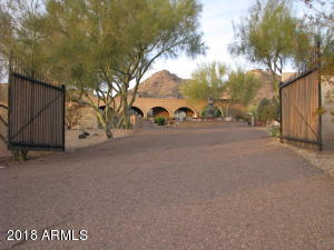 Property for sale at 4070 E Lincoln Drive, Paradise Valley,  Arizona 85253