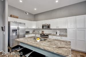 7232 E OVERLOOK Drive, Scottsdale, AZ 85255