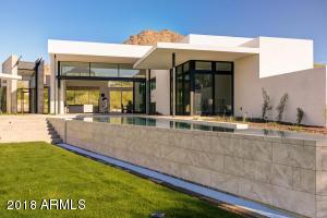 6631 N DESERT FAIRWAYS Drive, Paradise Valley, AZ 85253