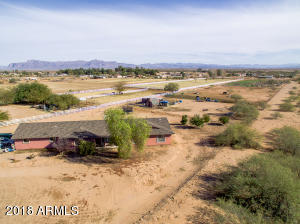 43045 N COYOTE Road, San Tan Valley, AZ 85140