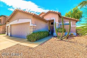 SPACIOUS 3 BEDROOMS + DEN. TILE FLOORS THROUGHOUT!