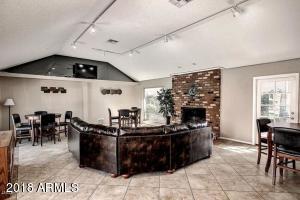 5525 E Thomas Road SW, B8, Phoenix, AZ 85018