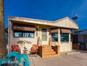 92 W KIOWA Circle, Apache Junction, AZ 85119