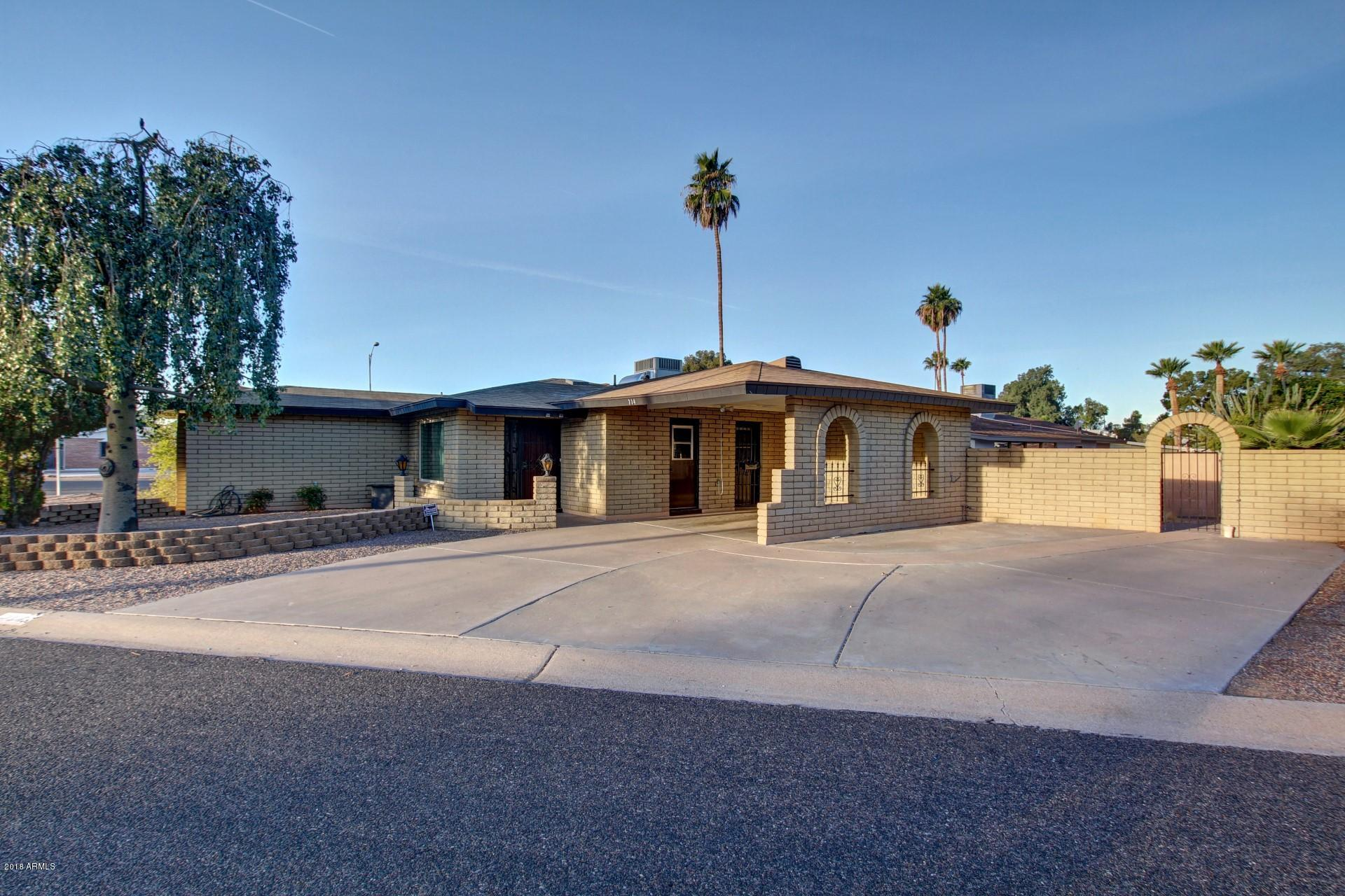 734 S EDGEWATER Drive Mesa AZ 85208
