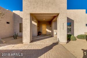 44206 N 10TH Street, New River, AZ 85087