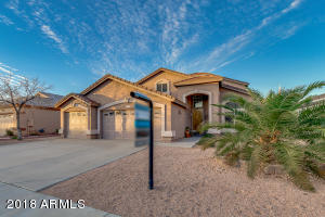 800 W CHERRYWOOD Drive, Chandler, AZ 85248