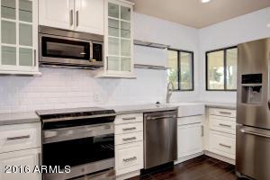 2224 N 15TH Avenue, Phoenix, AZ 85007