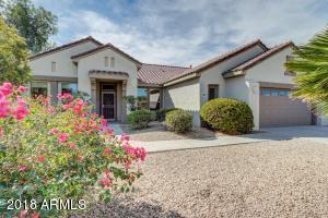 Awesome Sun City Grand Jasmine with Inviting Curb Appeal on Cul-De-Sac Lot