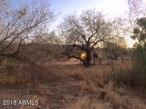 911 E DESERT Drive, -, Phoenix, AZ 85042