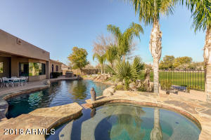 2998 E WATERMAN Way, Gilbert, AZ 85297