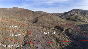 Lot P has a flat building envelope to the north or the wash and privacy with hillside to the south of the wash. Boundary lines are estimates and not exact.