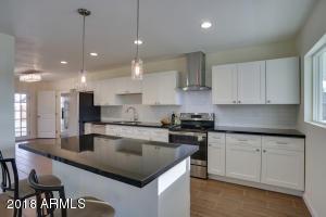 3313 N 43RD Place, Phoenix, AZ 85018
