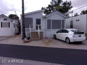 2205 S KLAMATH Avenue, Apache Junction, AZ 85119