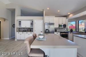 Beautiful Remodeled Kitchen!