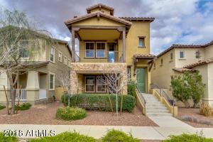 2922 E SIERRA Street, Phoenix, AZ 85028