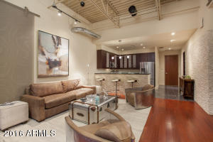 Property for sale at 15215 N Kierland Boulevard Unit: 410, Scottsdale,  Arizona 85254