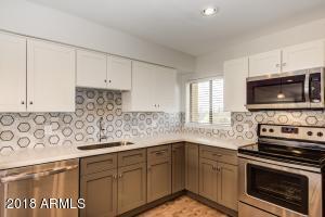 Property for sale at 349 E Thomas Road Unit: E403, Phoenix,  Arizona 85012
