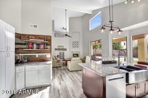 375 E SAGEBRUSH Street, Gilbert, AZ 85296