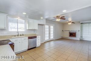 233 N HILL Street, Mesa, AZ 85203