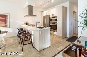 Property for sale at 7120 E Kierland Boulevard Unit: 812, Scottsdale,  Arizona 85254