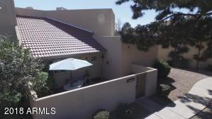 4770 W NEW WORLD Drive, Glendale, AZ 85302